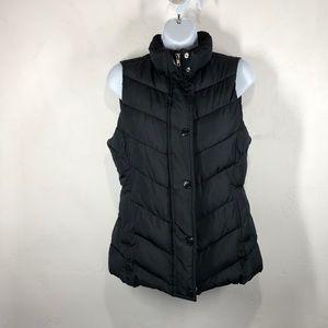 Gap black puffy vest size small